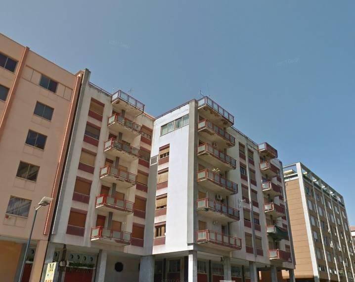 Attico / Mansarda in vendita a Palermo, 9 locali, zona Zona: Politeama, prezzo € 450.000 | CambioCasa.it
