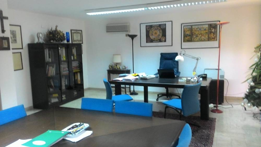 Ufficio / Studio in affitto a Palermo, 3 locali, zona Zona: Strasburgo, prezzo € 725   CambioCasa.it