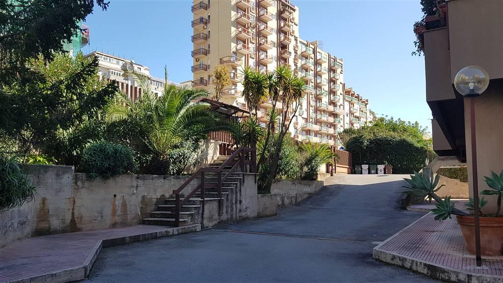 Appartamento in vendita a Palermo, 2 locali, zona Zona: Strasburgo, prezzo € 120.000 | CambioCasa.it