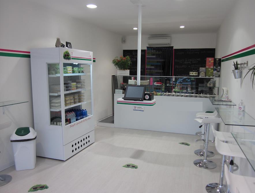 Locali commercialiLa Spezia - Locale commerciale, Sarzana, abitabile