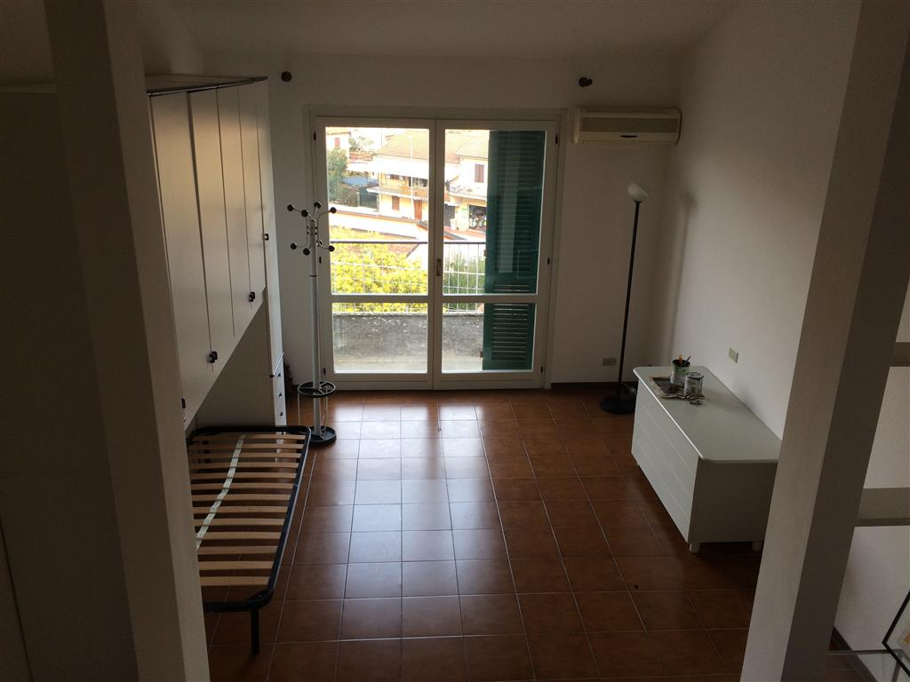 Loft / Openspace in vendita a Ameglia, 2 locali, zona ggio, prezzo € 125.000 | PortaleAgenzieImmobiliari.it
