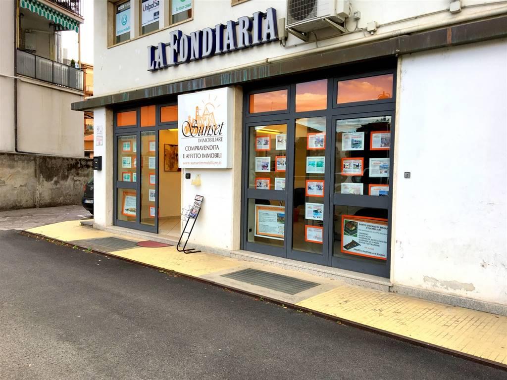 Locali commercialiLa Spezia - Locale commerciale in Via Bpu Muccini 36, Sarzana
