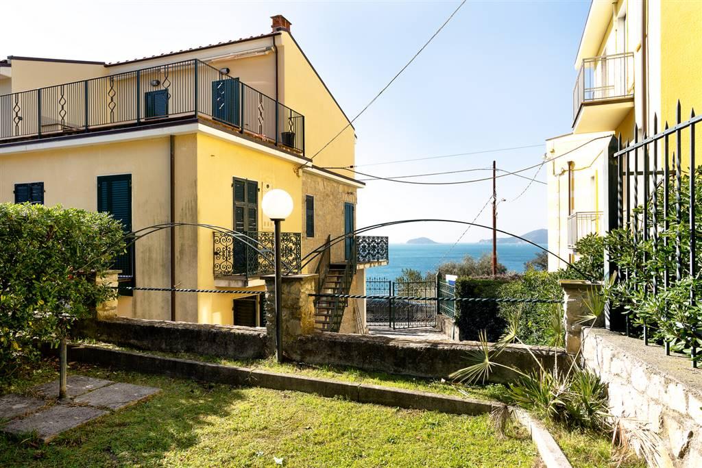 Soluzione Indipendente in affitto a Lerici, 2 locali, zona aro, prezzo € 2.000 | PortaleAgenzieImmobiliari.it