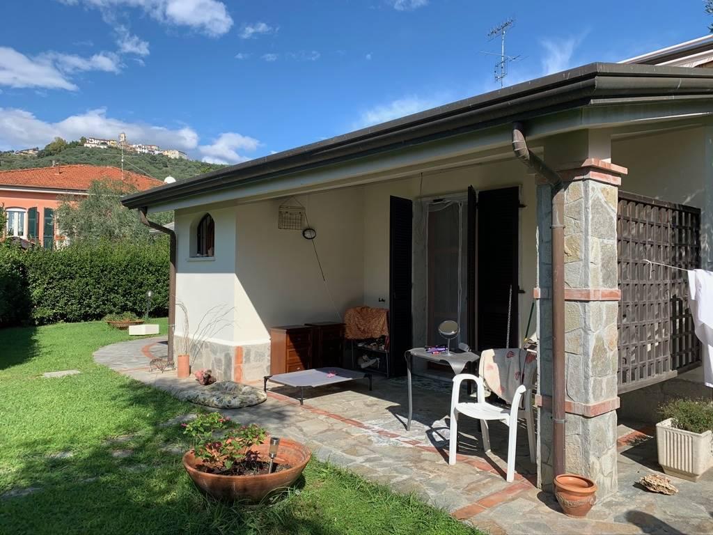 CaseLa Spezia - Casa semi indipendente, Molicciara, Castelnuovo Magra, in ottime condizioni