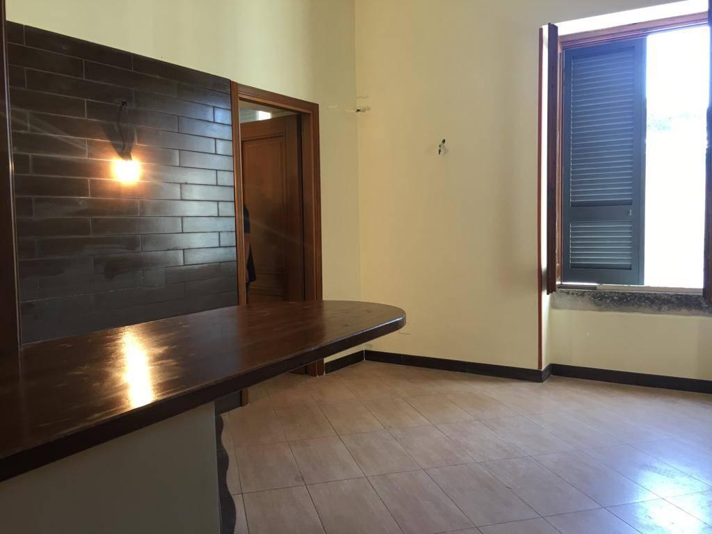 Appartamento a PORTICI