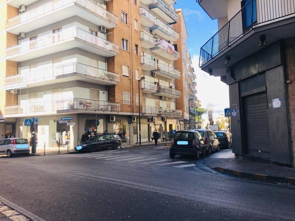 Negozio / Locale in vendita a San Giorgio a Cremano, 2 locali, prezzo € 165.000 | CambioCasa.it