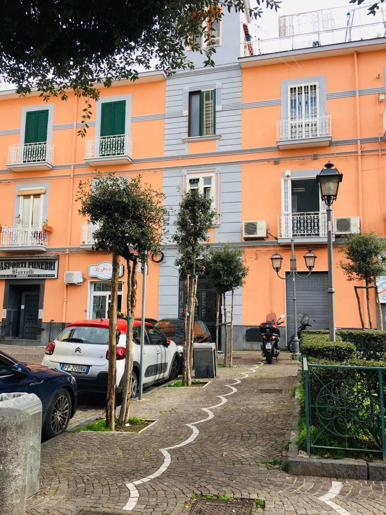 Negozio / Locale in vendita a San Giorgio a Cremano, 2 locali, zona Località: BASSA, prezzo € 85.000 | CambioCasa.it