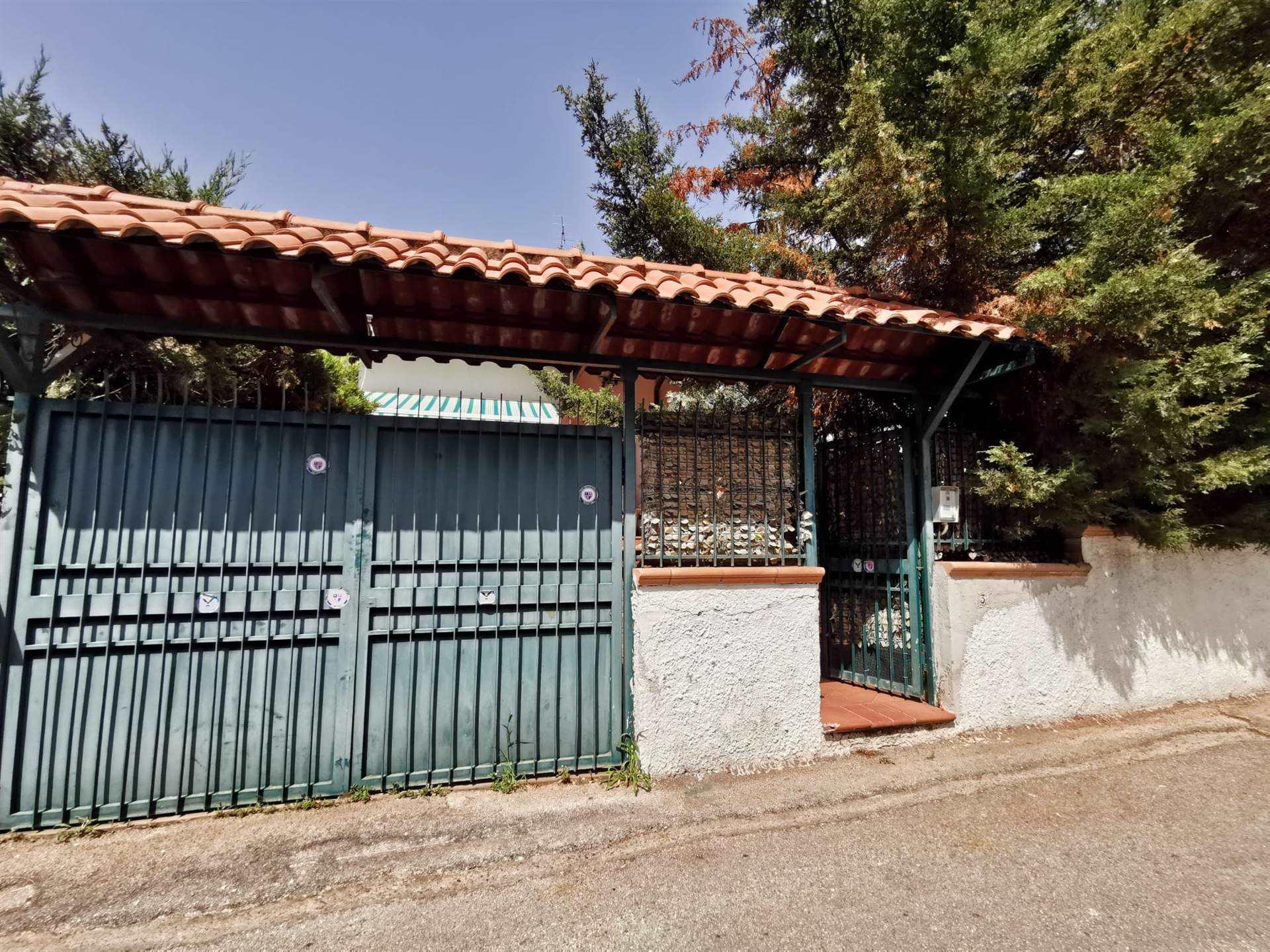 Villa a schieraaPOLLENA TROCCHIA