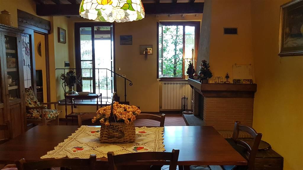 Appartamento indipendente, Caspri, Castelfranco Piandisco, in ottime condizioni