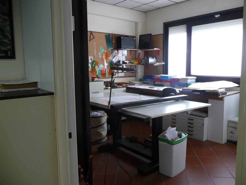 Ufficio in Via Charta 77 10, Scandicci