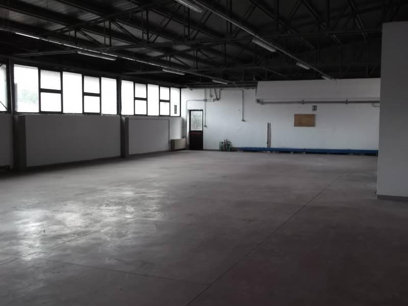 POZZOLATICO, IMPRUNETA, Capannone industriale in affitto di 550 Mq, Buone condizioni, Riscaldamento Centralizzato, Classe energetica: G, posto al