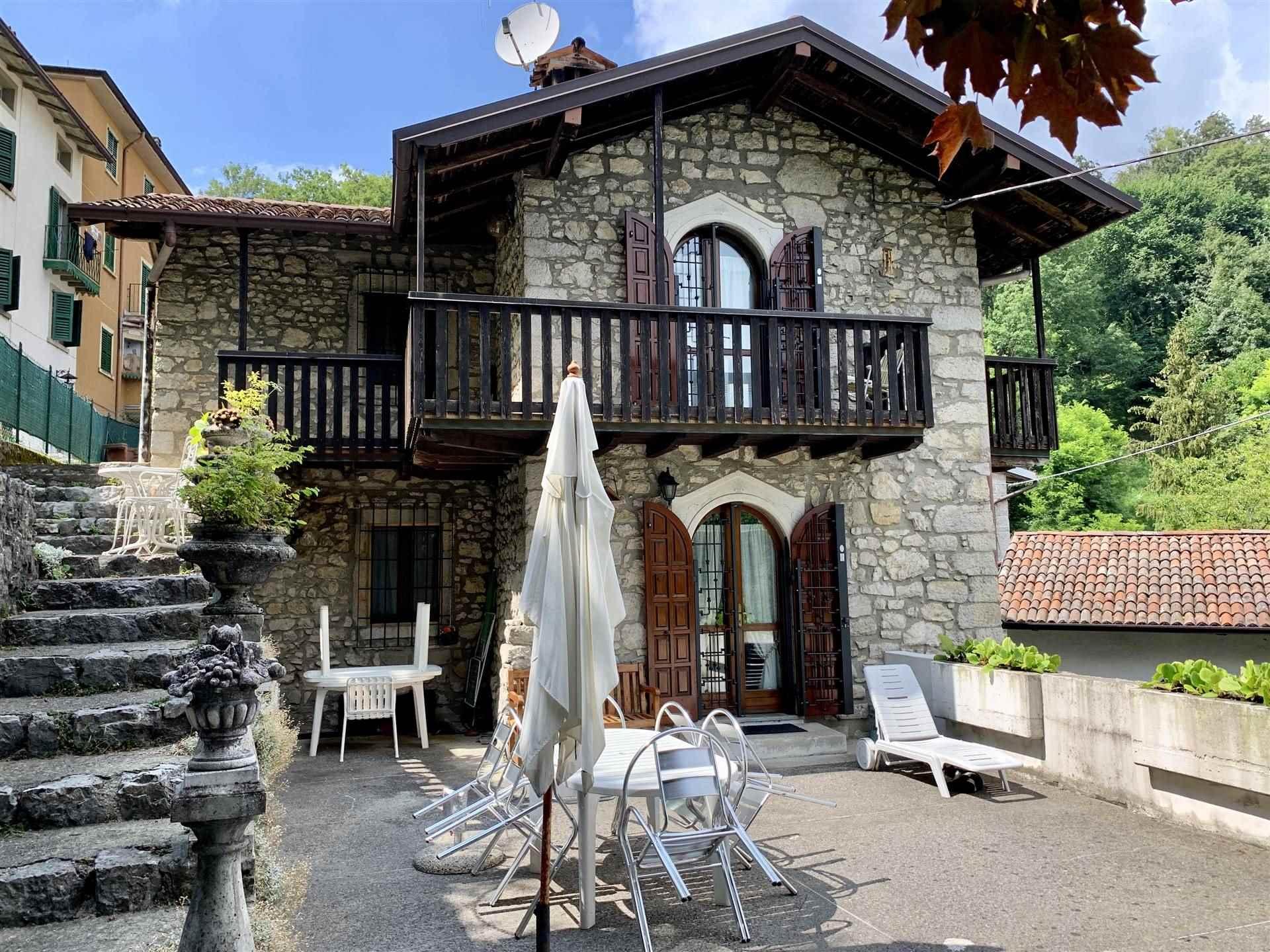 Rustico / Casale in vendita a Roncola, 3 locali, zona Località: SAN DEFENDENTE, prezzo € 260.000   PortaleAgenzieImmobiliari.it
