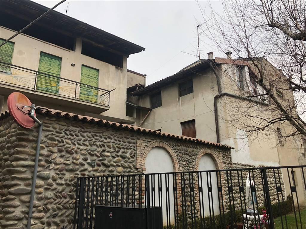 Soluzione Indipendente in vendita a Villa di Serio, 11 locali, prezzo € 110.000 | PortaleAgenzieImmobiliari.it