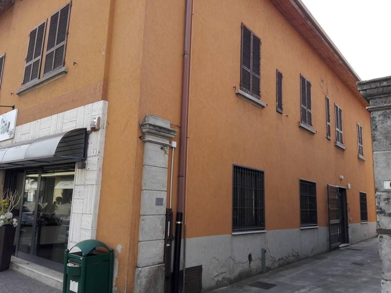 Ufficio / Studio in vendita a Almè, 6 locali, prezzo € 200.000 | PortaleAgenzieImmobiliari.it