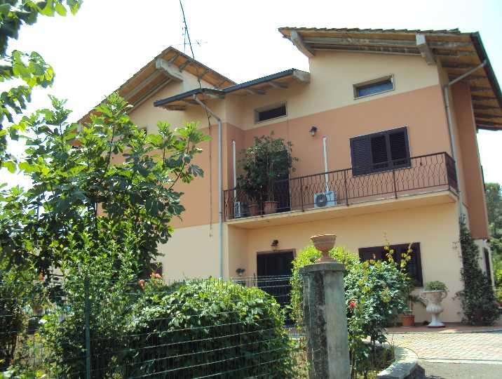 Casa singola in vendita a quarrata pistoia rif 102 - Case in vendita pistoia giardino ...