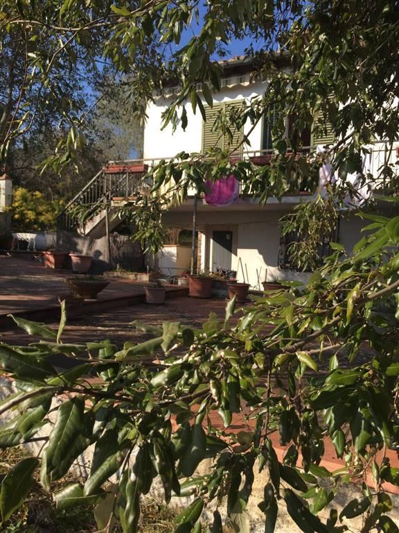 AppartamentiFirenze - Appartamento, Romola, San Casciano In Val Di Pesa, da ristrutturare