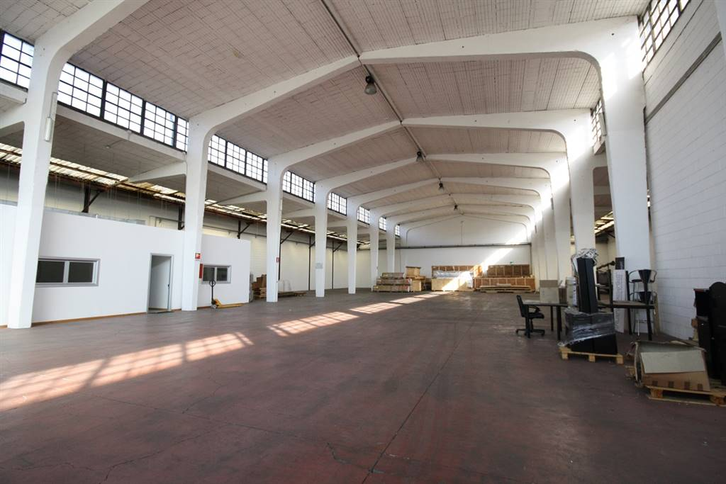 Industrial warehouse in SENAGO