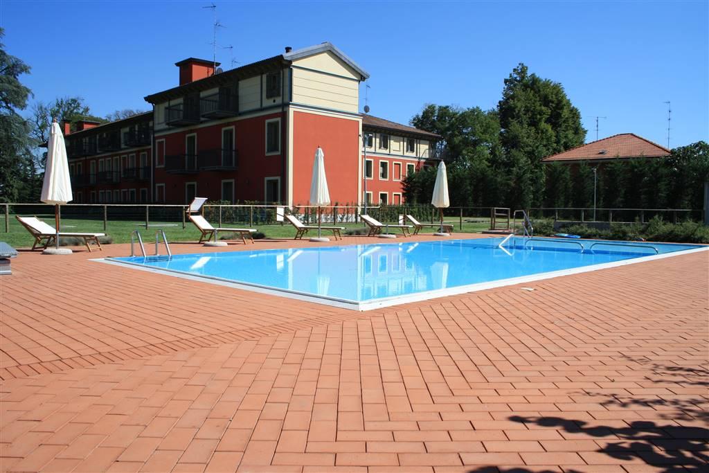 Appartamento in vendita a Senago, 3 locali, prezzo € 890.000   CambioCasa.it