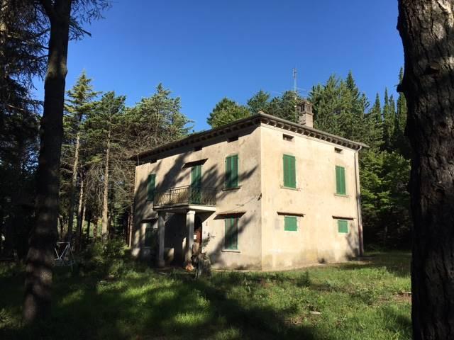 Villa in vendita a Città di Castello, 6 locali, zona Località: VALDIPETRINA, prezzo € 280.000 | CambioCasa.it