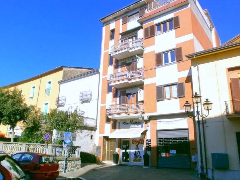 Trilocale in Via Campidoglio 96, Centro, Frosinone