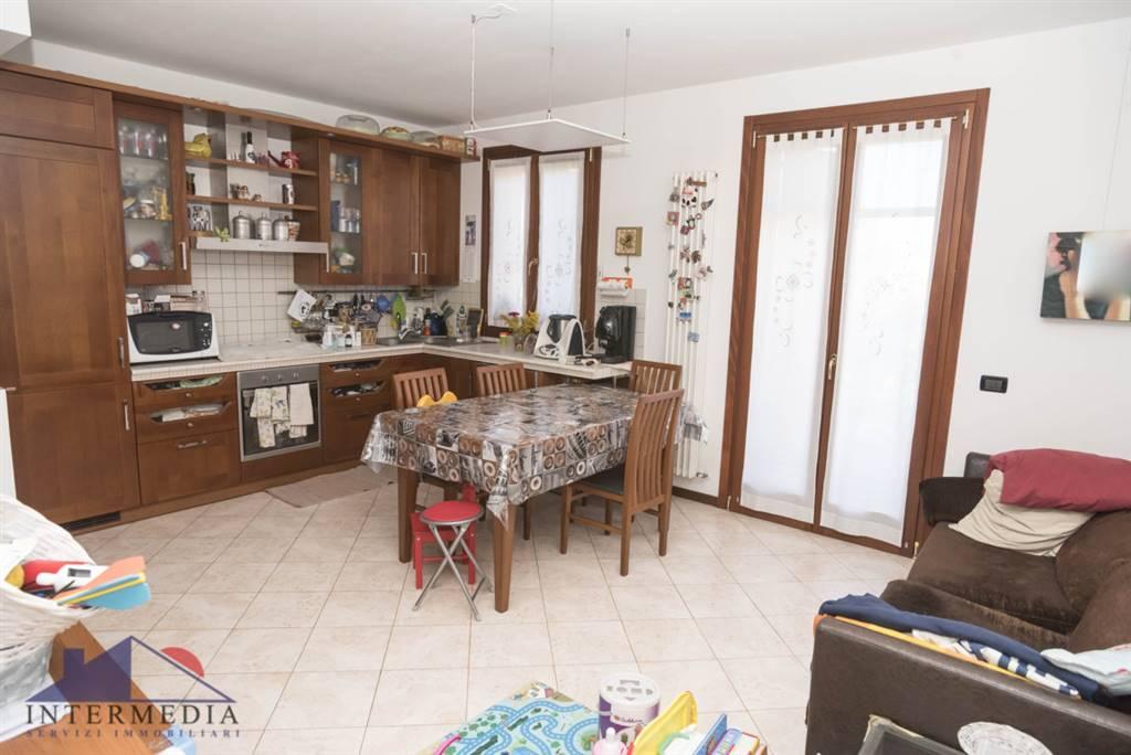 Appartamento in vendita a Sala Bolognese, 3 locali, zona ria Nuova, prezzo € 140.000 | PortaleAgenzieImmobiliari.it