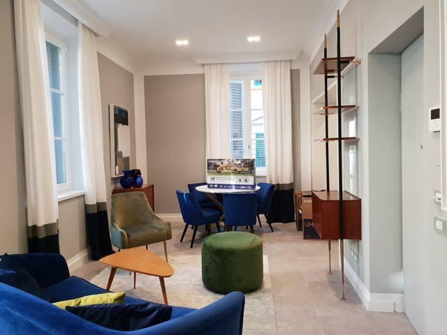 SAN FREDIANO, FIRENZE, Appartamento in affitto di 60 Mq, Ottime condizioni, Classe energetica: G, posto al piano 1°, composto da: 3 Vani, Cucinotto,