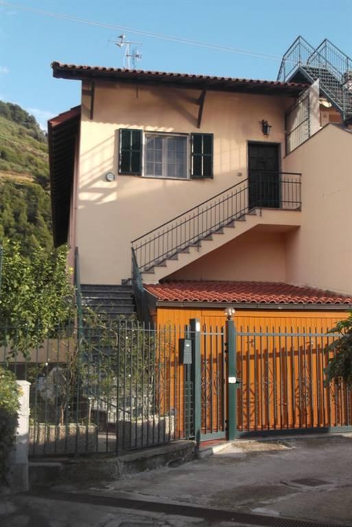 Soluzione Indipendente in Vendita a Camporosso