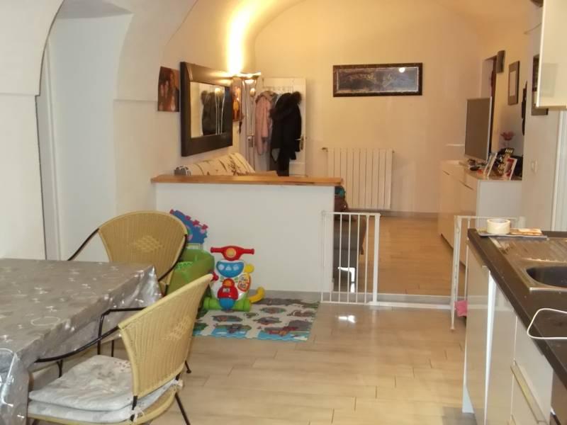 Appartamento in vendita a Camporosso, 3 locali, prezzo € 100.000 | CambioCasa.it