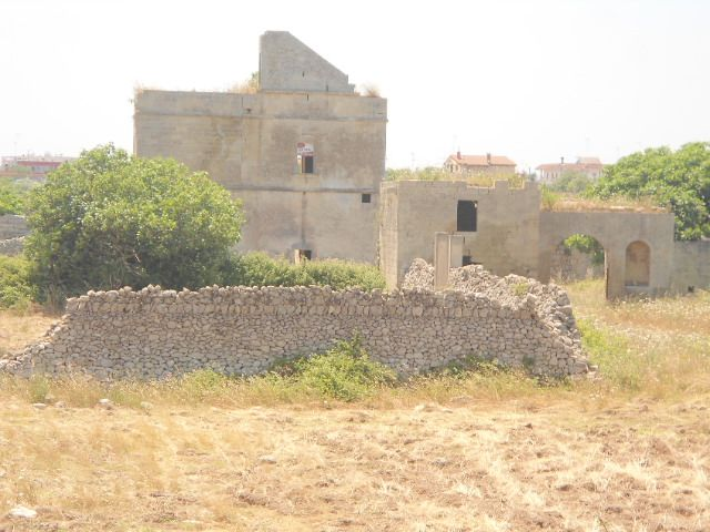 Masseria in Via Francesco Camassa, Litorale, Lecce