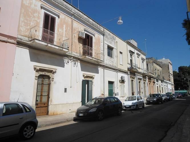 Trilocale in Via Bellinzona 14, Leuca, Lecce