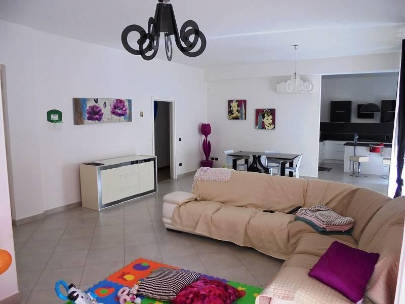 Appartamento in Via C. Battisti  55, Mazzini, Lecce