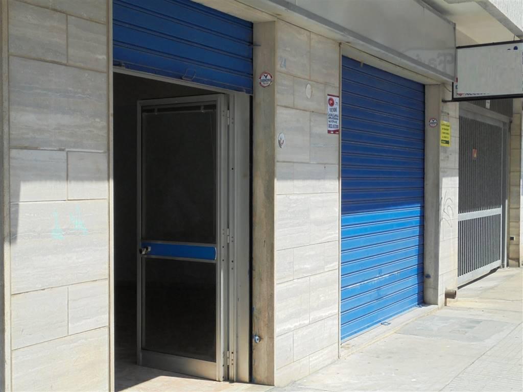 Locale commerciale in Via T. Tasso  24, P. Ariosto, Lecce