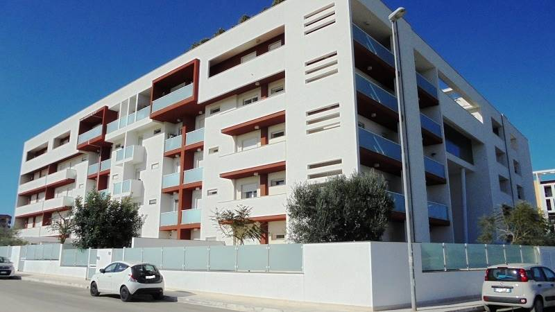EST, LECCE, Apartment for sale of 100 Sq. mt., Excellent Condition, Heating Individual heating system, Energetic class: C, Epi: 32,216 kwh/m2 year,