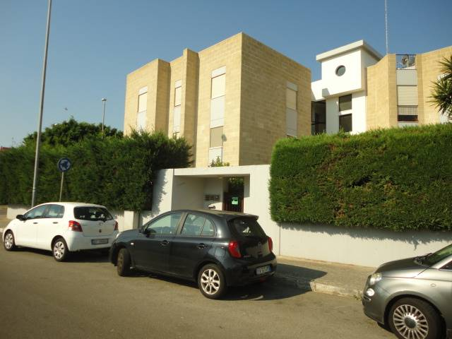 P. PARTIGIANI, LECCE, Apartment for rent of 130 Sq. mt., Good condition, Heating Individual heating system, Energetic class: C, Epi: 35,189 kwh/m2