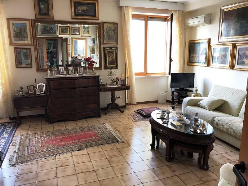 Appartamento in Via Merine  31, Lecce