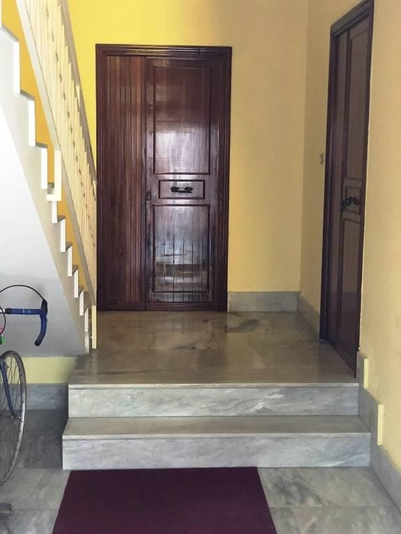 Trilocale in Via  Andria  24, Zona Pranzo, Lecce