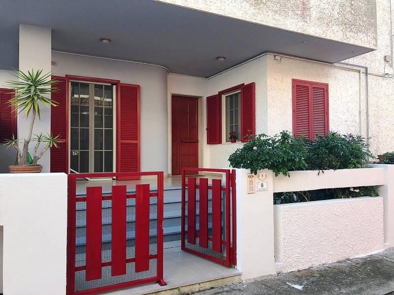 ALEZIO, Doppelhaus zu verkaufen von 130 Qm, Beste ausstattung, Heizung Unabhaengig, Energie-klasse: F, Epi: 121,621 kwh/m2 jahr, zusammengestellt