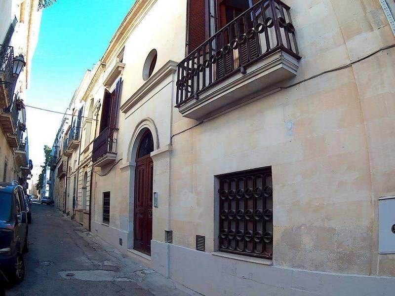 Appartamento in Via M. Brancaccio 7, Centro Storico, Lecce
