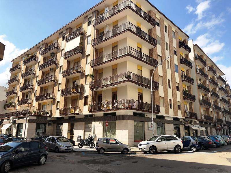 P. ARIOSTO, LECCE, Apartment for sale of 130 Sq. mt., Habitable, Heating Individual heating system, Energetic class: G, Epi: 335,7 kwh/m2 year,