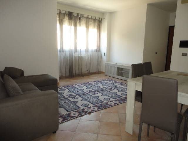 MAZZINI, LECCE, Apartment for rent of 65 Sq. mt., Good condition, Heating Individual heating system, Energetic class: G, Epi: 25,77 kwh/m2 year,