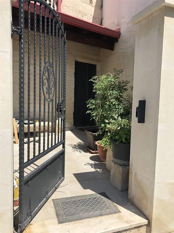 Appartamento indipendente in Via Venezia 2, Lizzanello