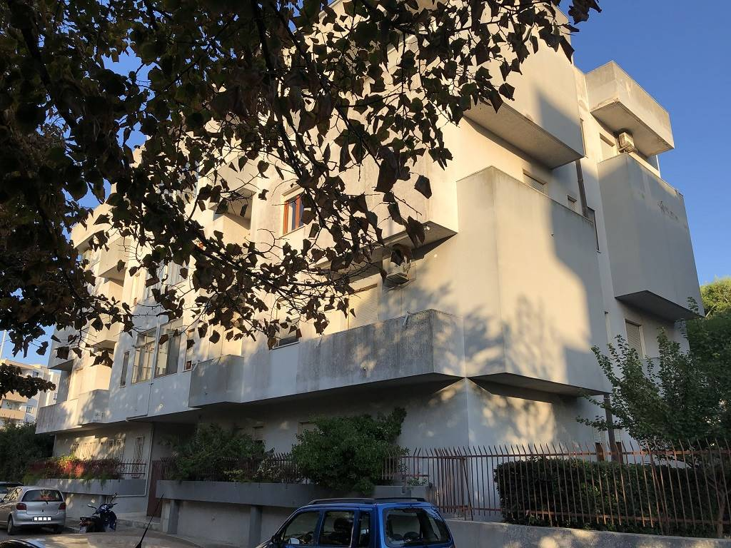 SALESIANI, LECCE, Apartment for sale of 87 Sq. mt., Habitable, Heating Individual heating system, Energetic class: G, Epi: 136,48 kwh/m2 year, placed