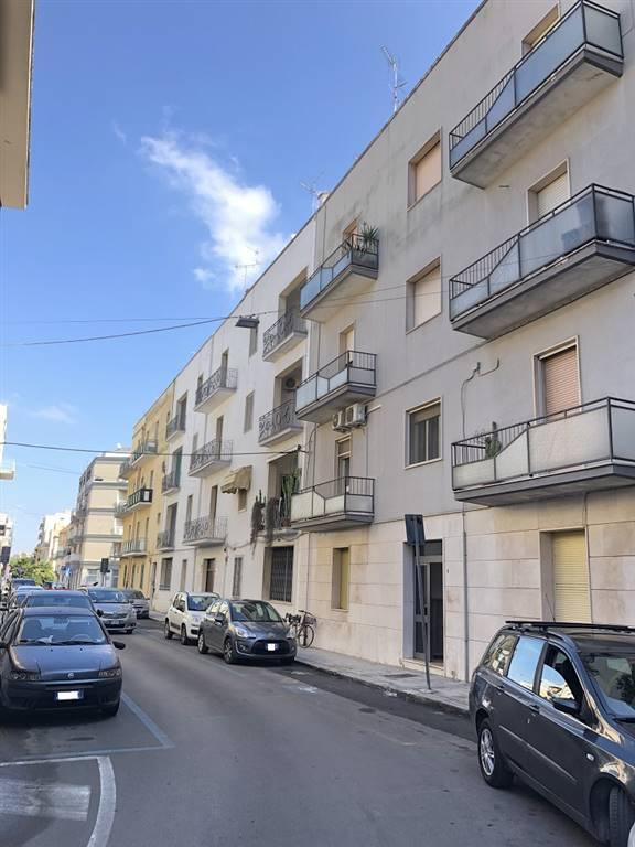 Trilocale in Via G. Parini 4, P. Ariosto, Lecce