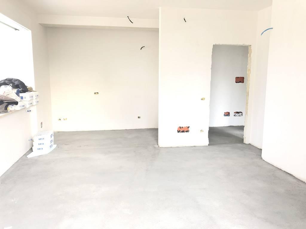 RUDIAE, LECCE, Wohnung zu verkaufen von 105 Qm, Neubau, Heizung Unabhaengig, Energie-klasse: Nicht unterstellt, am boden Land, zusammengestellt von: