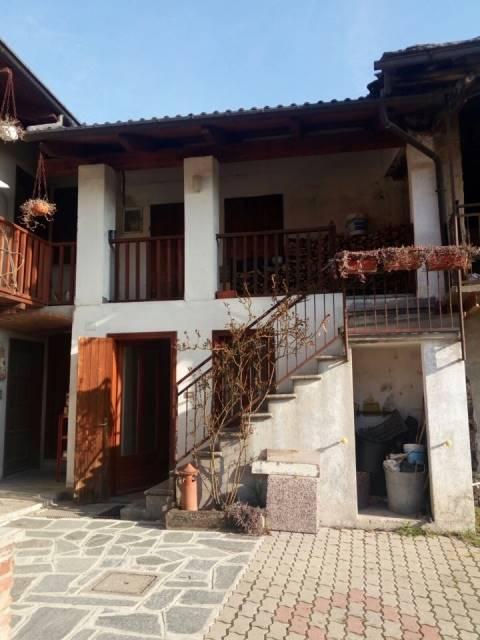 Casa semi indipendente, Coazze, ristrutturato