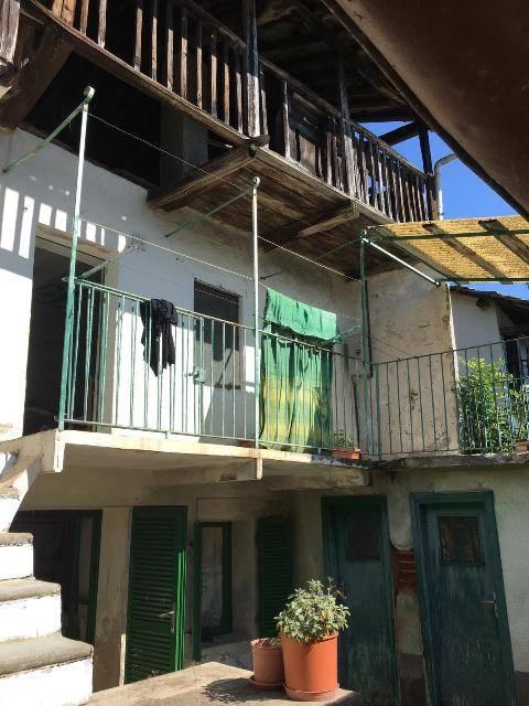 Casa semi indipendente in Borgata Roccette  45, Maddalena, Giaveno