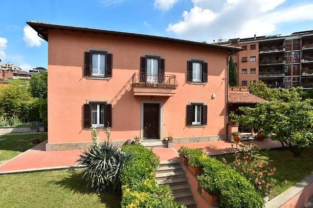 Villa in ROMA