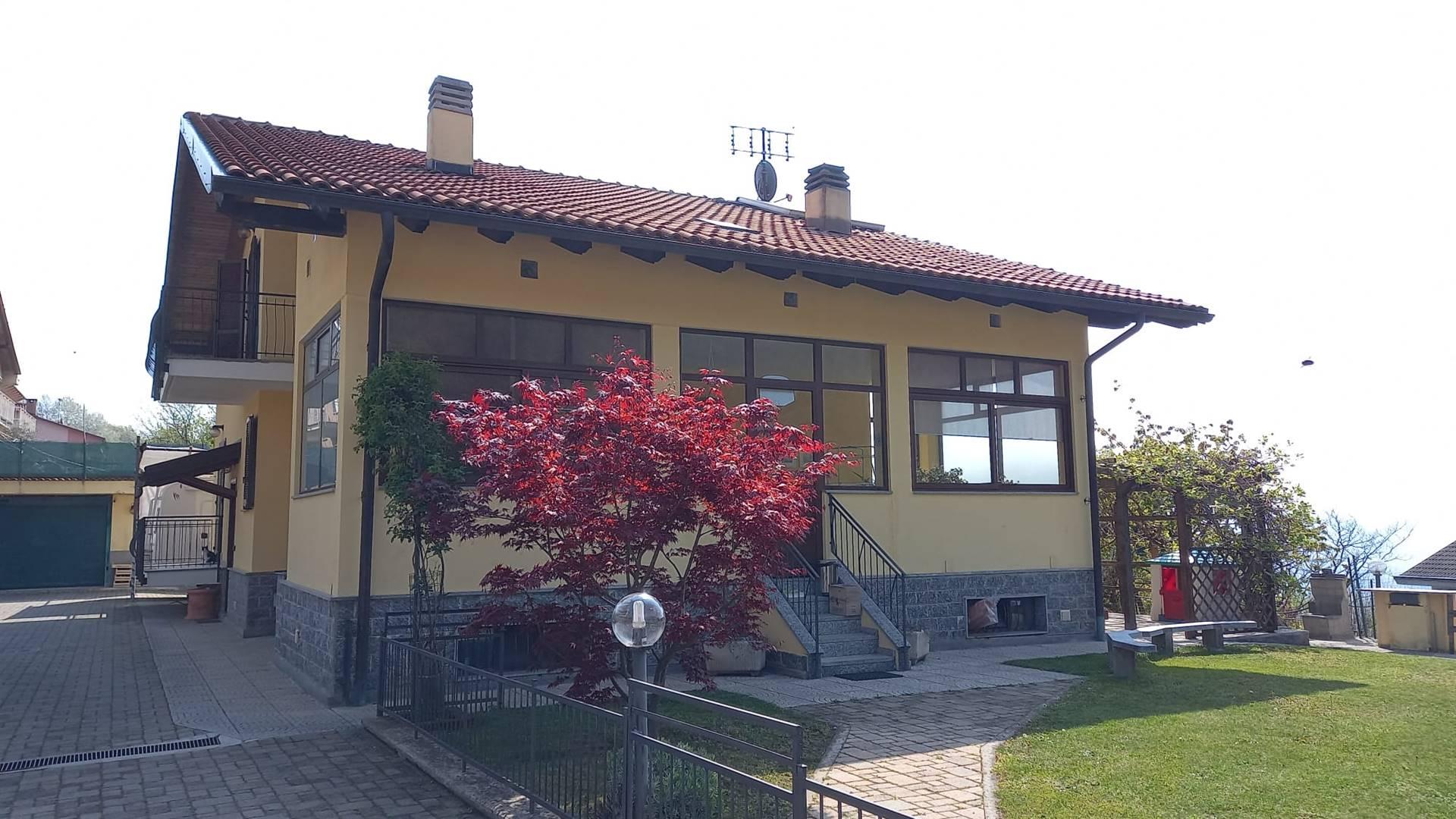 Villa bifamiliare a GIAVENO 330 Mq | 11 Vani | Giardino 800 Mq