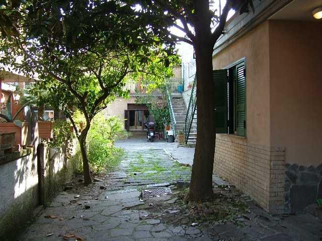 Monolocale, Chiaiano, Napoli, ristrutturato