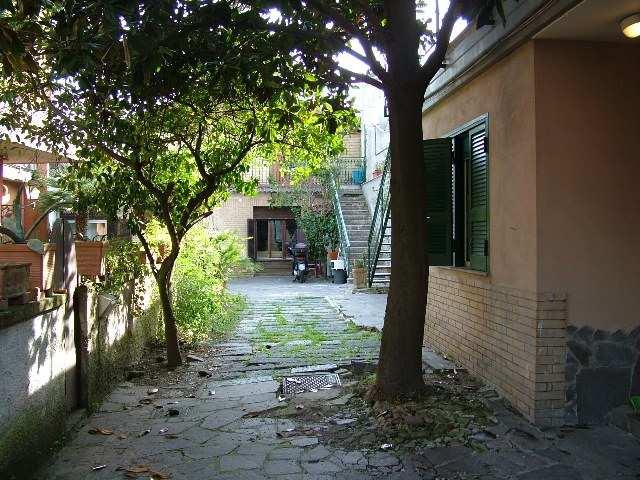 Monolocale, Chiaiano, Napoli, in ottime condizioni